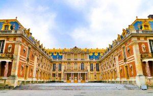 Versailles: Plan a Trip to Paris on a Budget