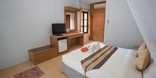 Tonsai Bay Resort in Tonsai Beach Thailand