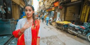 Woman standing in the streets on Old Delhi